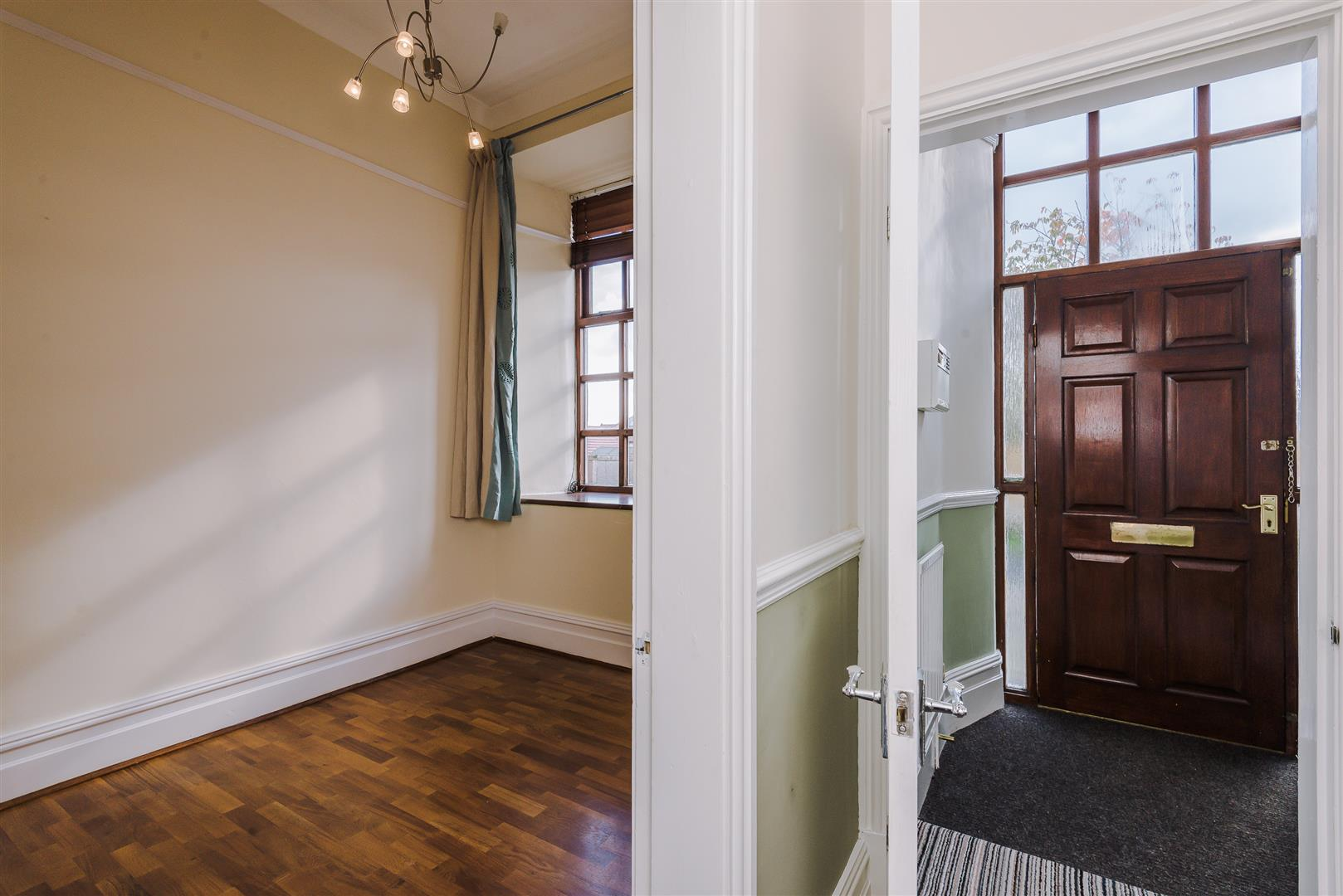 2 Bedroom Apartment For Sale Image 6